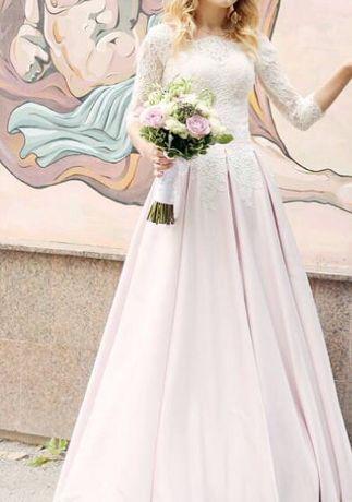Весільна/випускна сукня