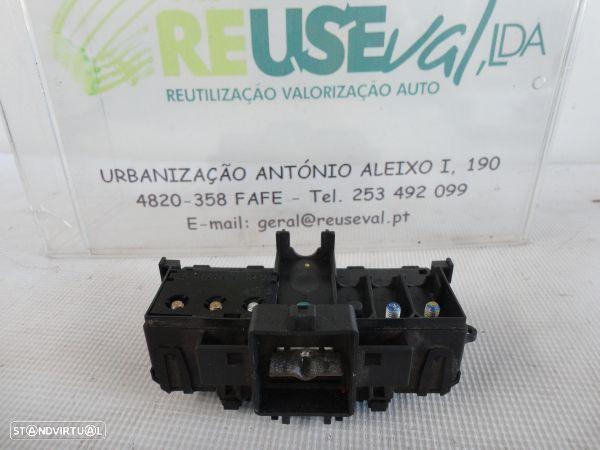 Caixa De Junção/Terminal Bateria Mercedes-Benz C-Class (W203)