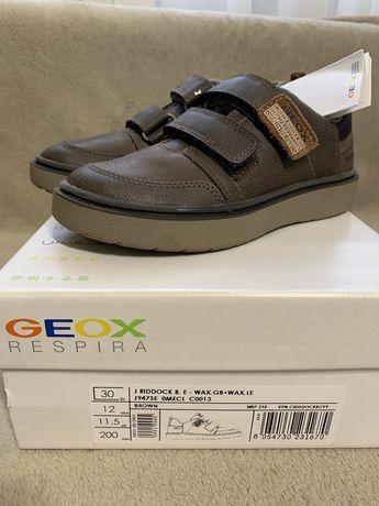 Демисезонные ботинки для мальчика Geox