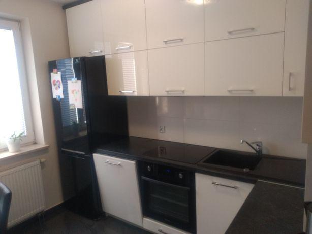 Sprzedam mieszkanie z garażem 15.5m2 (możliwość sprzedaży bez garażu )