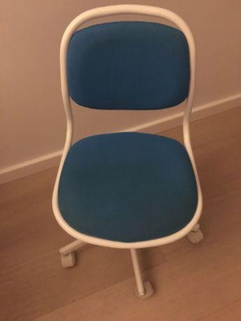 Krzesło dziecięce Ikea niebieskie