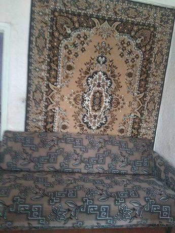 Продам срочно недорого диван