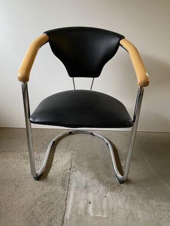 Krzesła,hokery i stoły