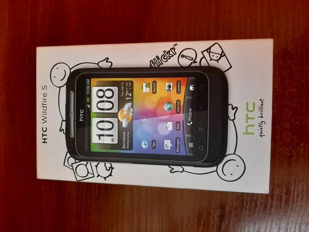 Смартфон HTC.