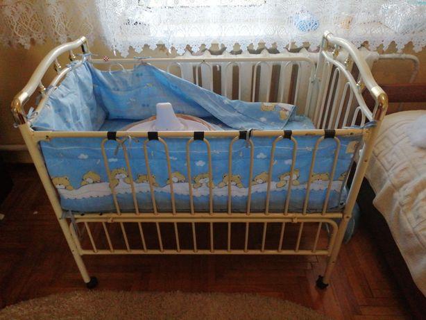 Ліжечко дитяче