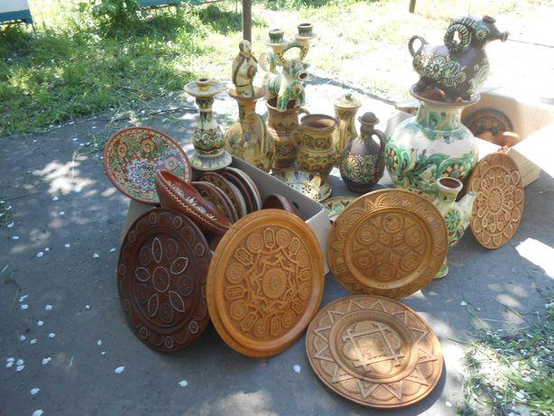 Колекцiя гончарних та дерев'яних виробiв