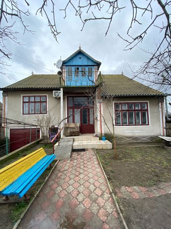 Жилой дом с огородом, центр Бритовки Белгород - Днестровского района