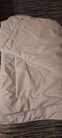 Koldra i poduszka do łóżeczka