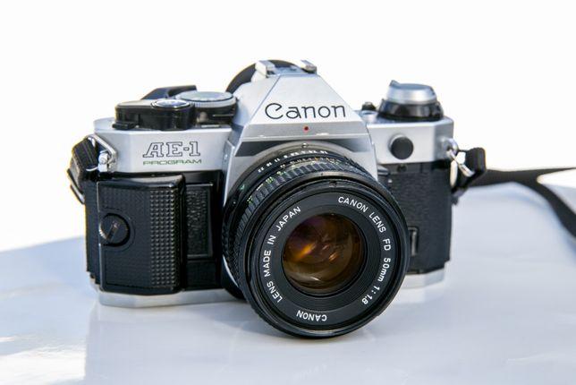 Canon Ae-1 Program + Lente 50mm F1.8 - EXCELENTE