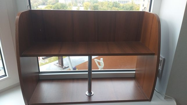 Полка подвесная для книг, состояние новой 400грн