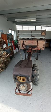 Motocultivador + atrelado + freza 90cms + 2 pneus suplentes