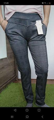 Nowe spodnie w kratkę