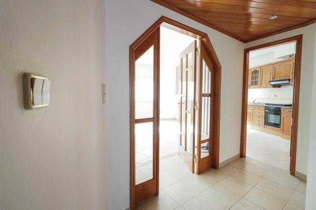 Apartamento T2 Santa Marta do Pinhal
