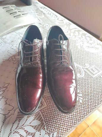 Sapato em pele verniz Suits Inc Vermelho/Azul