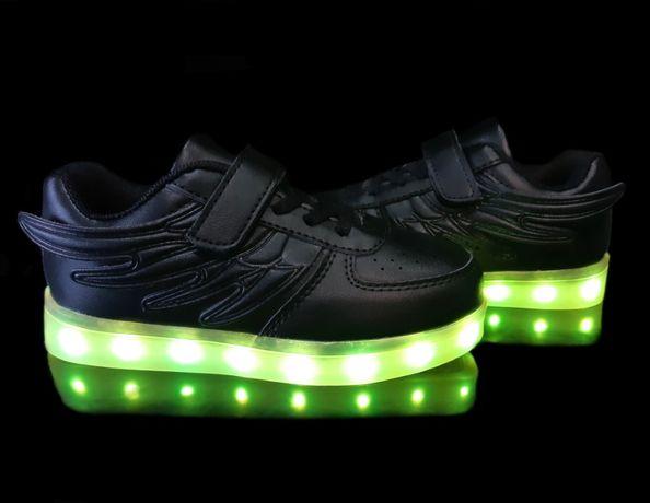 Светящиеся кроссовки Black