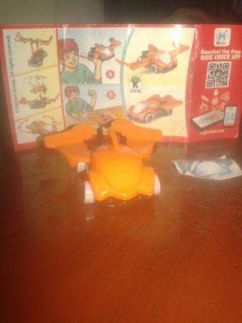 Машинка трек ,Миньон,лисенок и игрушки Киндер
