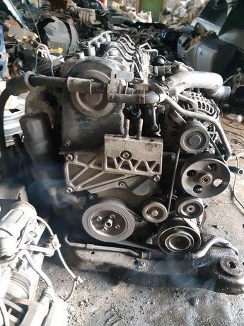 Мотор,двигатель D4EA,Д4ЕА.Хюнай,HyuindaiTucson,Santafe,Sonata и т д