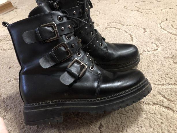 Обувь ботинки осенние ,женские