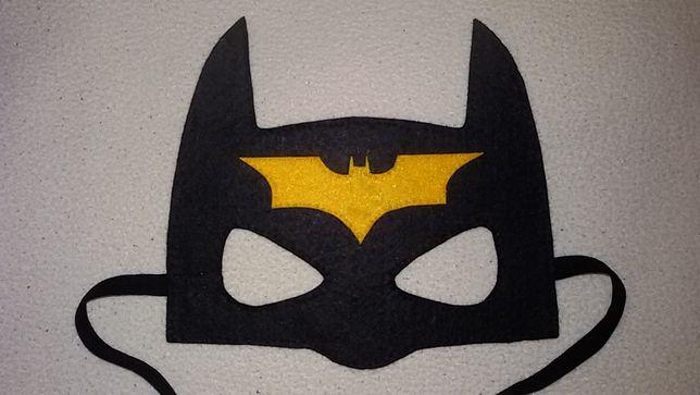 Продам маску Бетмен