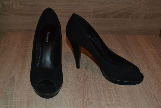 czarne szpilki rozmiar 38