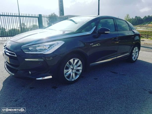 Citroën DS5 2.0 HDi Hy4 So Chic CMP6 102g