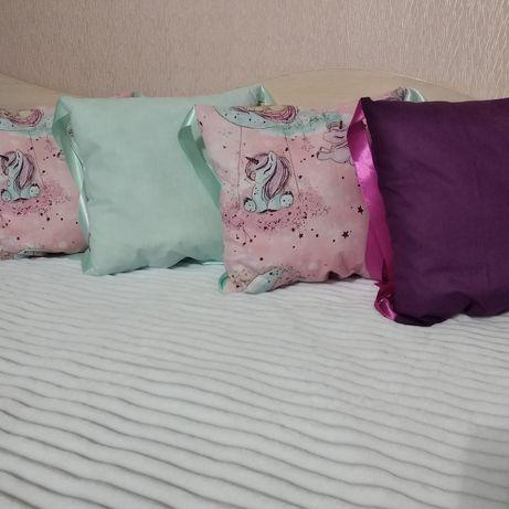 Защита, бортики подушки в детскую кроватку