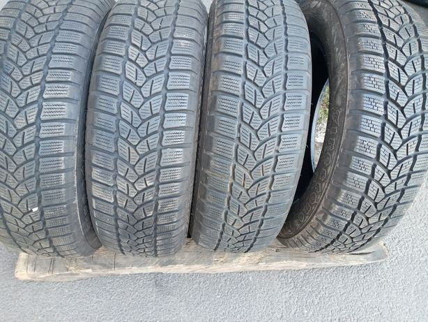 Резина шини гума скати 185 65 R15 Firestone Winterhawk3