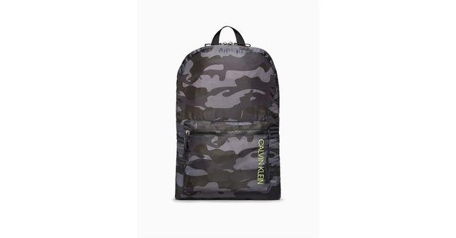 Продам оригинальный рюкзак Calvin Klein