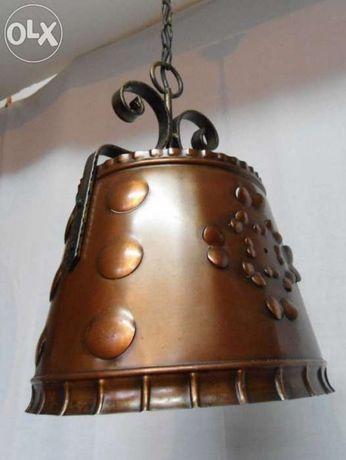 Candeeiro em ferro forjado e metal, redondo