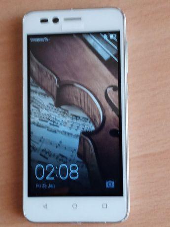 Смартфон Huawei-L21