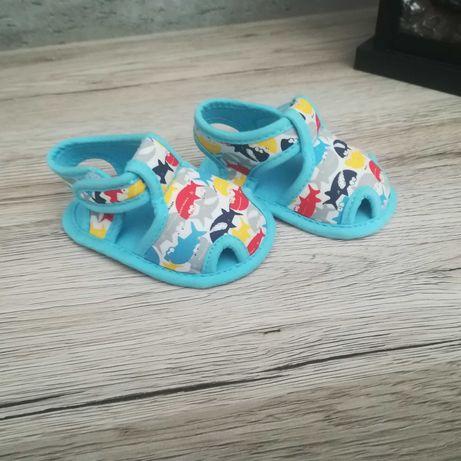 Buciki niemowlęce sandałki 16