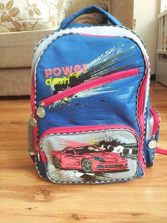 Рюкзак шкільний для хлопчика