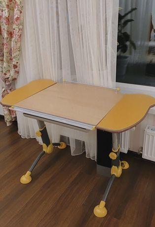 Стол письменный, ортопедический