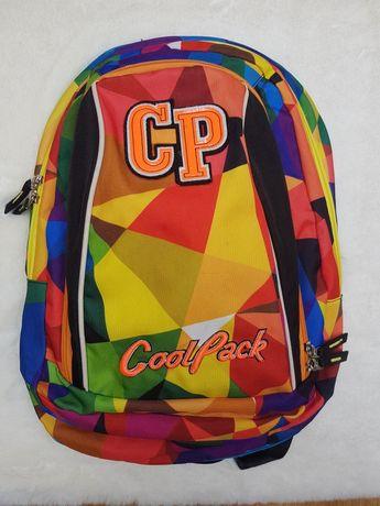 Kolorowy plecak szkolny lub na wycieczki CoolPack lekki i wygodny