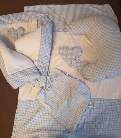 Zestaw pościeli (ochraniacz+poduszka do karmienia)