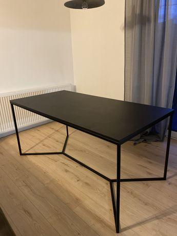 Sprzedam stół + dwa krzesła gratis