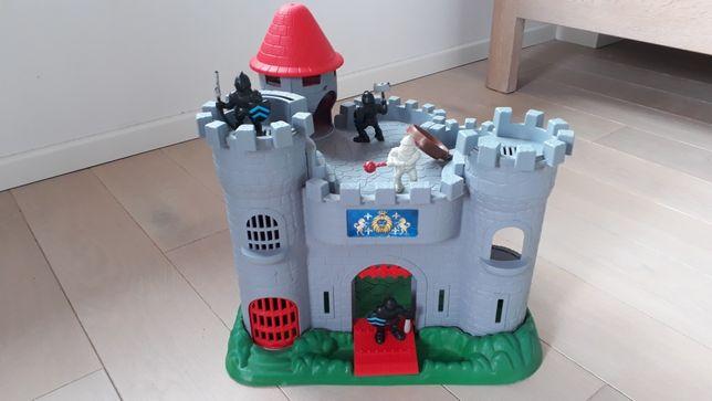 Zamek rycerski Redbox