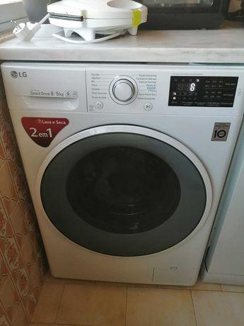Maquina de Lavar/Secar 8/5KG LG - Novíssima