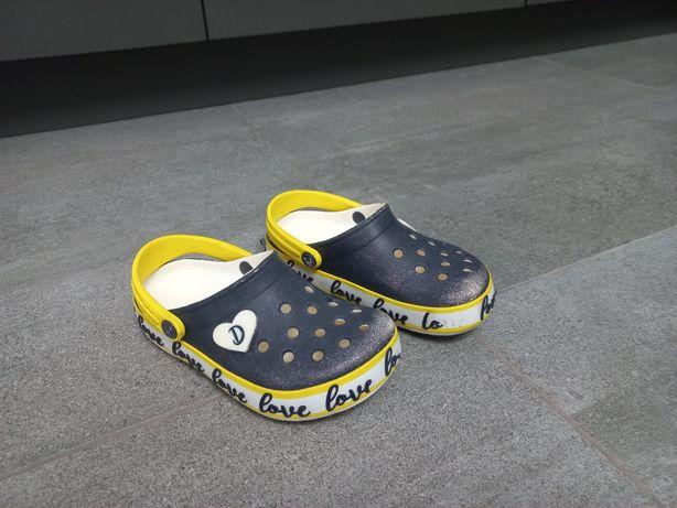 Продам Crocs сабо C10