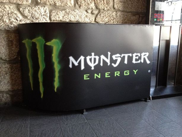 Balcão portátil Monster Energy