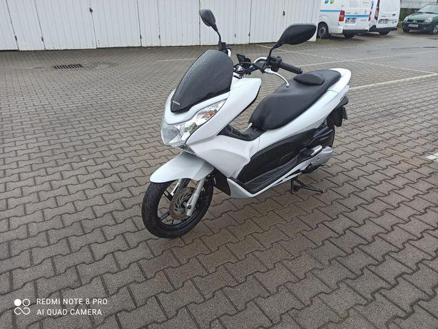Honda PCX 125 super stan