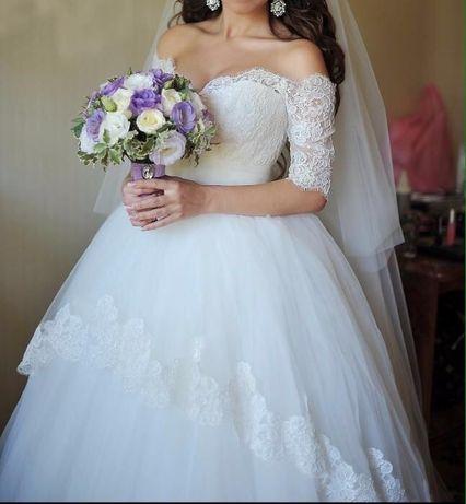 Свадебное платье + туфельки в подарок