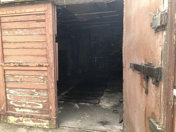 Garaż z kanałem 15,96 m2