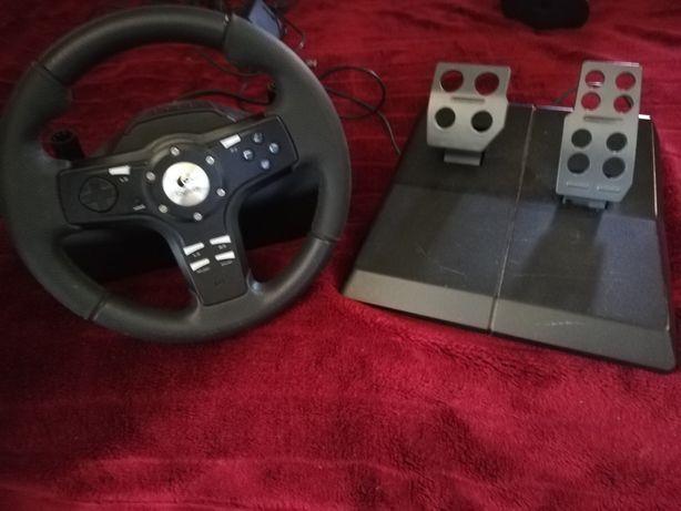 Volante Logitech PS3/PC