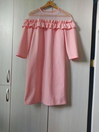 Продам платье Деми сезон 44-46 р