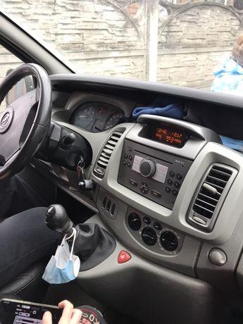 Opel vivaro грузо пассажирский