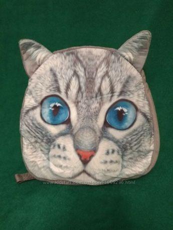 Плюшевый рюкзак с красивым принтом