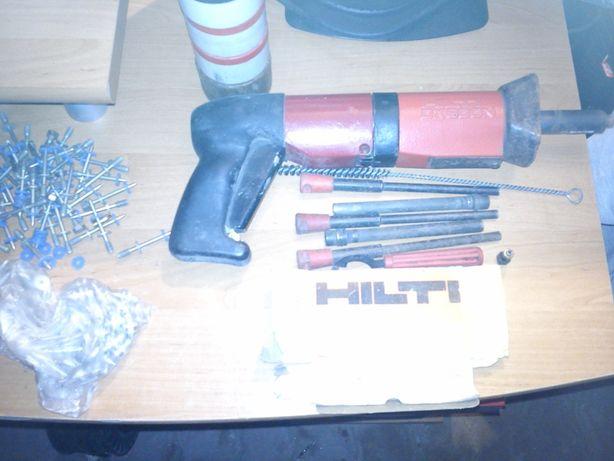 Pistolet do kołków,osadzak, Hilti dx 600