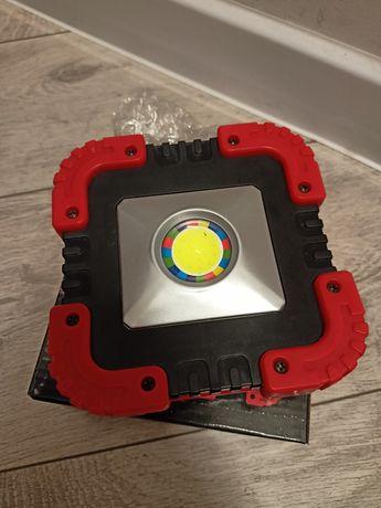 Lampa solarna warsztatowa COB LED przenośny z akumulatorem