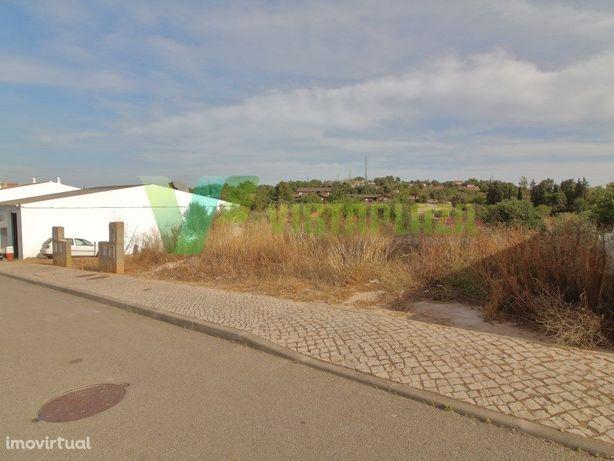 Terreno Para Construção de Moradia, Localizado em Portimão.